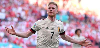 Фотография Кевина де Брюйне после гола в ворота сборной Дании