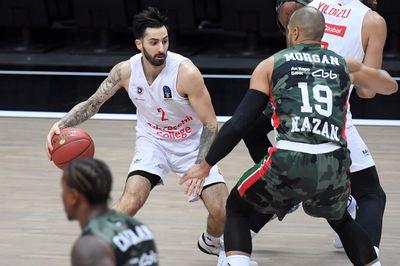Баскетболист Алекс Перес