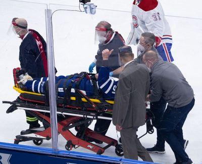 Джон Таварес после травмы