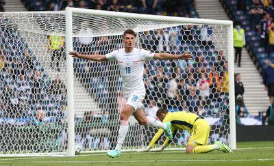 Патрик Шик забил гол сборной Шотландии Евро 2020